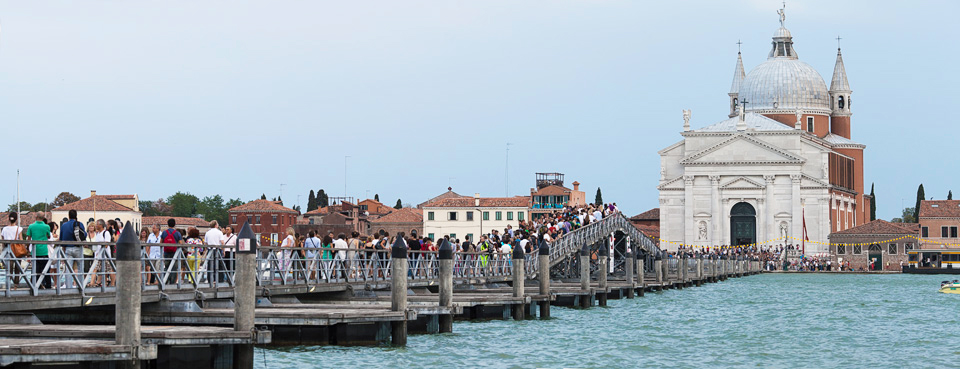 Venice_Redentore_Bridge